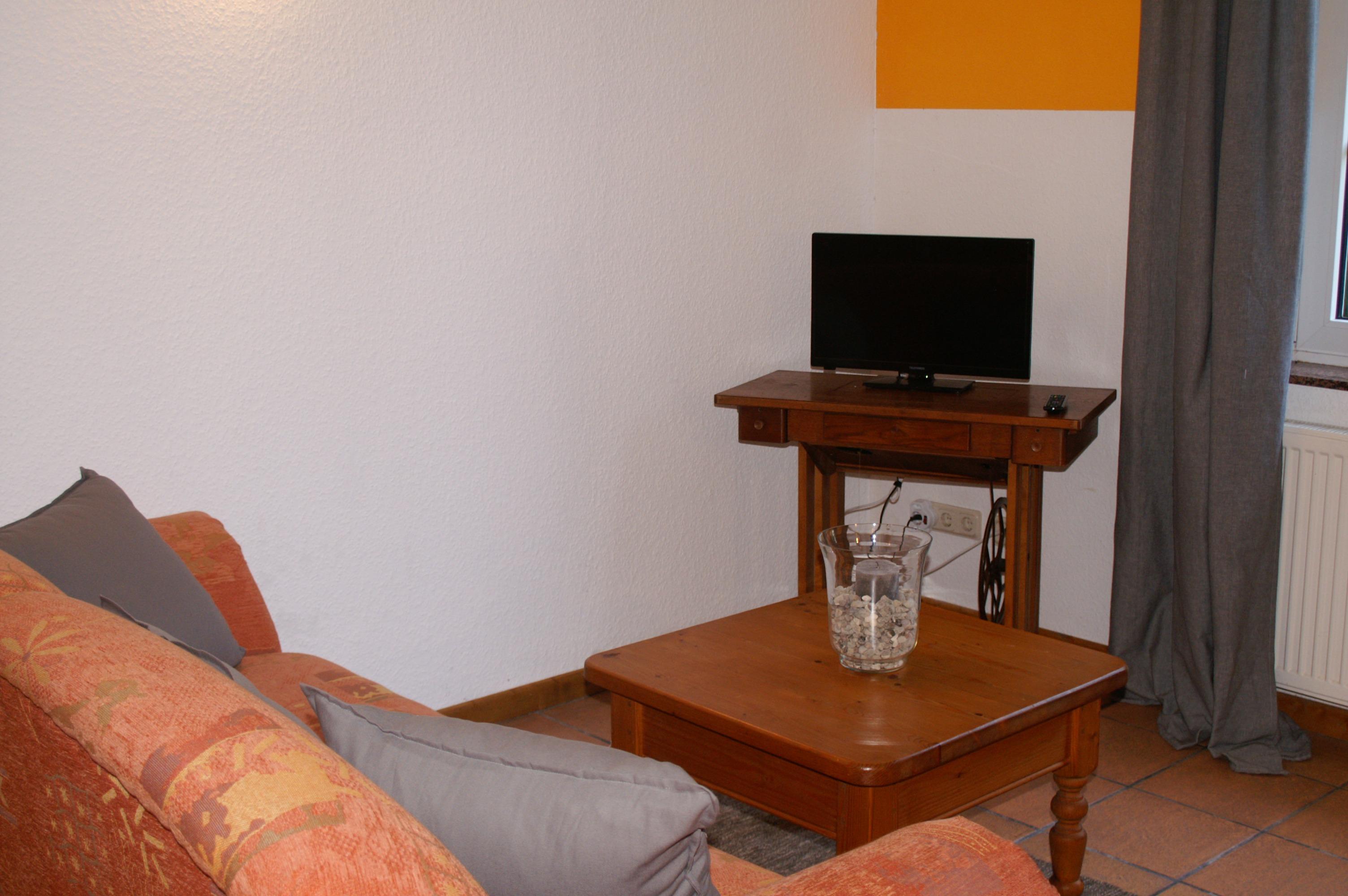 Landhaus Brenner, Alt Güstelitz - WE 1 - Sitzecke mit Fernseher