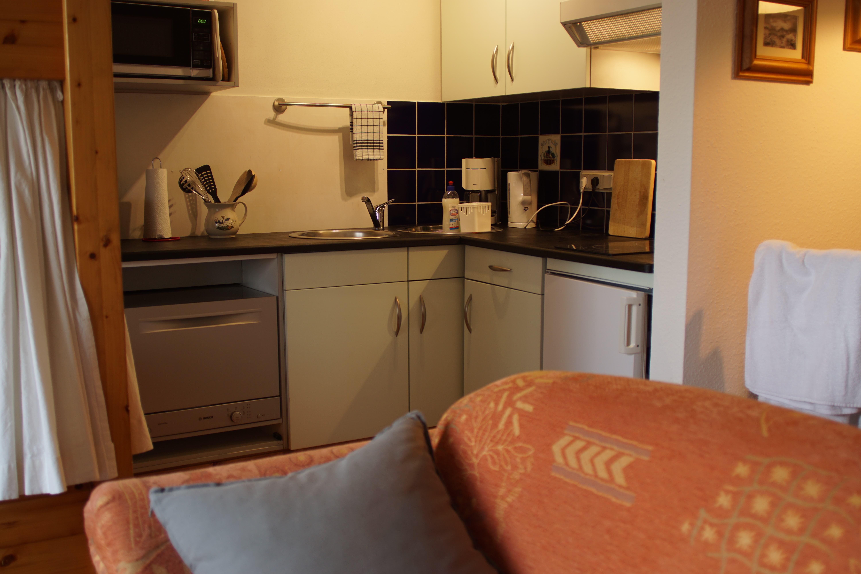 Landhaus Brenner, Alt Güstelitz - WE 1, Küchenzeile